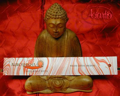 withe lotus auroshikha 01